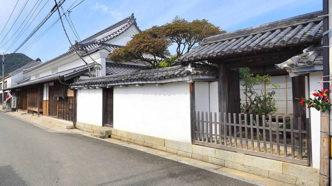 讃州井筒屋敷(引田のまち並み)