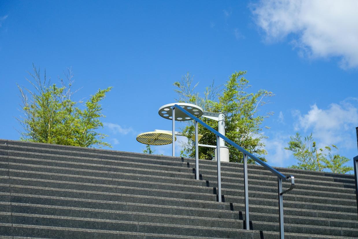 大空広場へ行く階段