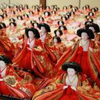 女児の成長と幸せを祈る早春の祭「雛の里・八女ぼんぼりまつり」町中が人形で彩られる1ヵ月