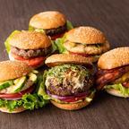 6種のオリジナルバーガーがランチタイム限定で登場!「ウルフギャング・ステーキハウス」の4店舗で実施