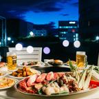 開放感あふれる屋上で楽しむ「Rooftop Beer Garden」涼やかな自然の風を感じて夏を満喫!