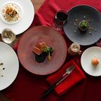 アート作品を眺めながら特別なディナーを!ホテル雅叙園東京のレストランがクリスマス限定メニューを提供