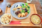 食堂キッチナ 2F