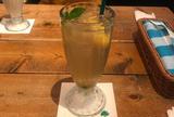 ボンダイカフェヨヨギビーチパーク (BONDI CAFE YOYOGI BEACH PARK)