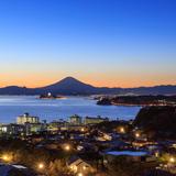 【江ノ島 観光スポット紹介】人気のご利益スポットから定番の江ノ島グルメまでを厳選