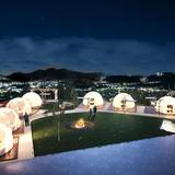 温泉大浴場付き絶景グランピング「GLAMP DOME-グランドーム-神戸天空」8月7日オープン!