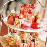 スイーツもセイボリーも飲み物も苺づくしのアフタヌーンティー「リーガロイヤルホテル東京」で販売!