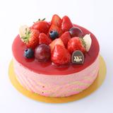 50種類以上の華やかいちごスイーツが「松坂屋上野店」で勢揃い!カフェで限定メニューも