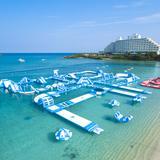日本最大級の海上アスレチック「万座オーシャンパーク™」海開き初日限定でワンコイン体験も
