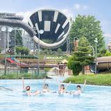 「東京サマーランド」の屋外プールエリアが全面オープン!8本のウォータースライダーで遊べる