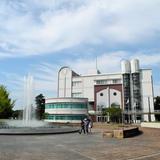 各務原市役所 教育文化施設中央図書館