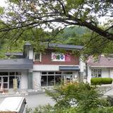 波賀不動滝公園 「楓香荘」