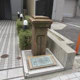 旧居留地68番館の門柱