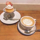 カフェ ウワイト (cafe uwaito)