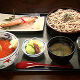 石挽き蕎麦と和食処 悠流里(ゆるり)