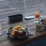 café & dining blue terminal(カフェ アンド ダイニング ブルーターミナル)