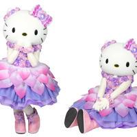 ピンク、ラベンダー色を基調にたくさんのバラで飾られたスペシャルドレスは必見!