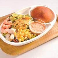 ミニコブサラダとパンのセット(700円)