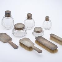 《ガラス化粧セット》1920-1940年代