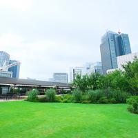 「日本橋庭園」として改装された日本橋三越本店の本館屋上