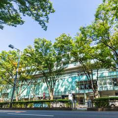 「表参道ヒルズ」の観光ガイド!見どころや周辺情報が満載!