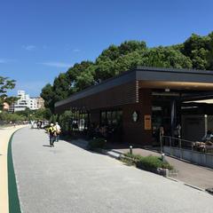 スターバックスコーヒー 福岡大濠公園店(STARBUCKS COFFEE)