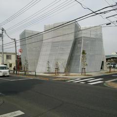 なかまちテラス (小平市立仲町公民館・仲町図書館)