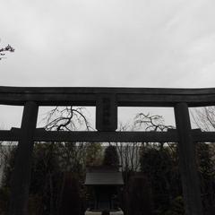 鉄道神社(JR博多シティ屋上 つばめの杜ひろば)