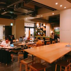 スターバックスコーヒー丸の内新東京ビル店