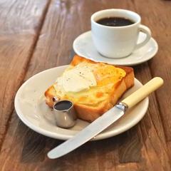MOON mica takahashi COFFEE SALON