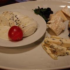 チーズ&グリルバル カレッサ 横浜駅前店