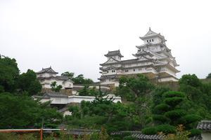 リニューアルした姫路城と姫路駅周辺を散歩してみましょう