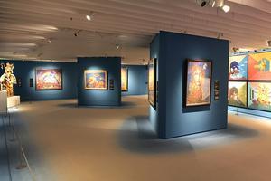 天空にある美術館で大阪を一望する眺めと大迫力の3D映像、色彩豊かな「アフレスコ画」の世界を体感!