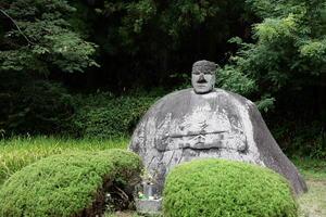 岡本太郎も惚れ込んだ「万治の石仏」をめぐる路