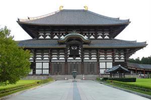 大人になってから「奈良公園」をベタに満喫してみませんか。