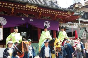 浅草三社祭から、名物どぜう、さらにはスカイツリーを臨むテラスのおしゃれ空間まであますことなく