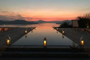 【なんと!これで1日】夕陽のベラビスタリゾートへ向かう福山から鞆の浦、充実の歴史旅