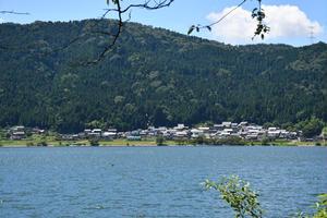 余呉湖一周散策と琵琶湖一周車窓の旅
