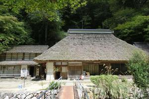 奥津温泉で美人の湯と渓流美を楽しむ