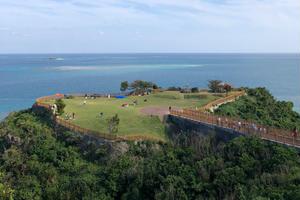 【沖縄】本島南部の魅力を満喫!人気観光地は押さえつつ映えスポットにも立ち寄る1日🚘