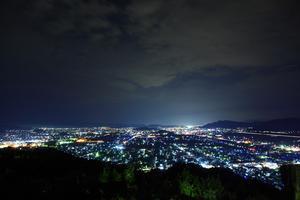 【仕事終わりのデートに。】越前市の美しい夜景と隠れ家バーを堪能する旅
