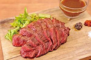 肉好き必見👀 華金には東京タワーを眺めながらお肉女子会♡