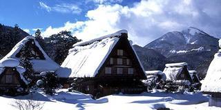 奥飛騨の高級旅館深山桜庵に泊まる冬の飛騨高山と白川郷