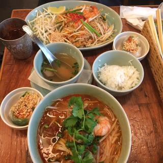 タイ料理研究所