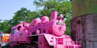 GW限定ピンクのSLと駅・絶品パンケーキを食べるプラン