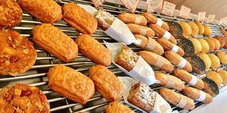 小田急線でパン散歩