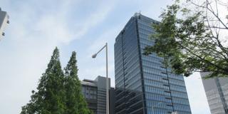 堺市役所展望ロビーから古墳を眺めて堺銀座通りを闊歩