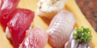 【おとなの遠足】お寿司に温泉!「みさきまぐろきっぷ」で楽しむ日帰り遠足
