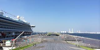 横浜で一番美しい場所大さん橋に行こう!