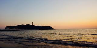 【片瀬江の島】駅から3分。江の島、富士山、烏帽子岩を望む絶景スポット